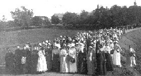 Glore Patients Out For a Stroll, 1902, courtesy Glore Psychiatric Museum