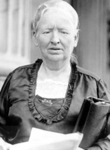 - Alice-Mary-Robertson-courtesy-Library-of-Congress-221x300
