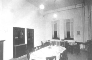 Employees' Dining Room, Clark County Insane Asylum, Wisc., 1922, courtesy Clark County History Buff